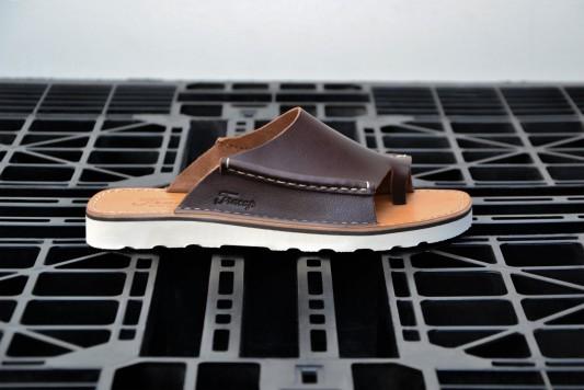 D121 Dark Brown Sandals