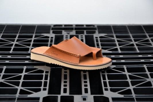D121 Brandy Sandals